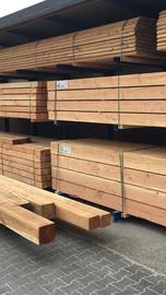 Douglas planken vers gezaagd ruw 32 x 200mm x 5mtr